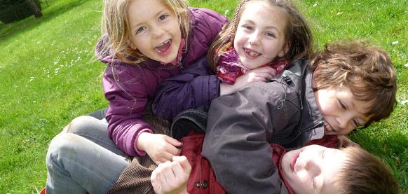 Accompagnement enfants et familles - Association Montjoye
